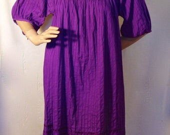 VINTAGE Purple Mexican Embroidery Dress Embroidered Flowers & Lace