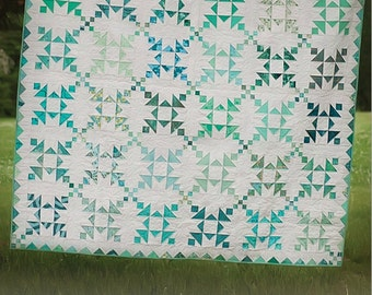 Island Chain Large Throw or Full Quilt Pattern Version No. 2 by Eye Candy Quilts