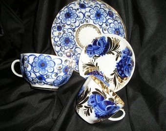 Romantic Glamorous old Gift Set for 2 Coffe/Tea Espresso Cups & Saucers Russian Imperial Splendor Hollywood Regency Mint.