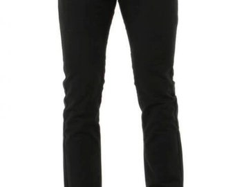 Chino trousers in cotton.