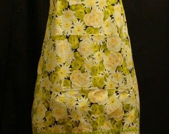 Large Adult Apron  flowered pattern (#104)