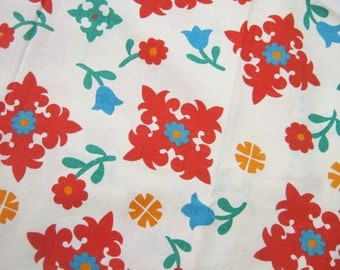 SALE Vintage Floral Fabric Cotton Material Red Turquoise Tulips Linen Yardage 86 x 44