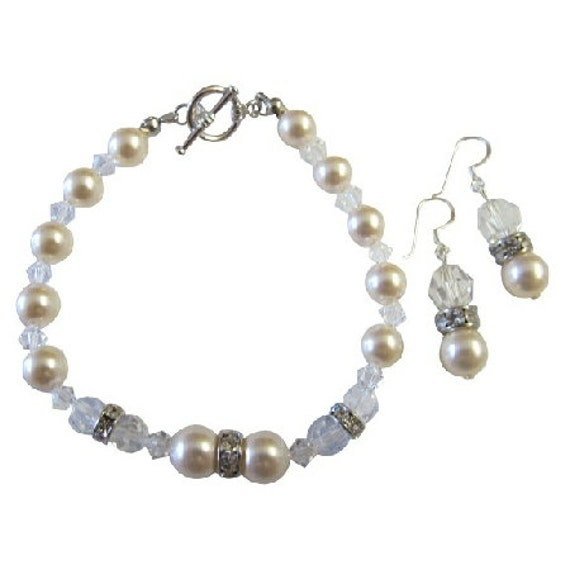 TB819 Ivory Pearls And Clear Crystals Bracelet & Earrings With Rhinestones