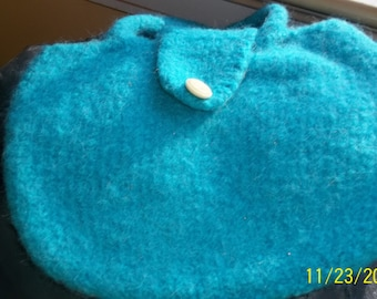 Hand knit hand dyed felted wool clutch purse lunch bag pocketbook turquoise snap closure rounded