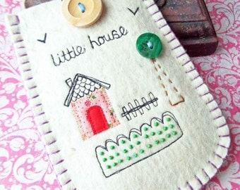 Felt Phone or Camera Case - Little House