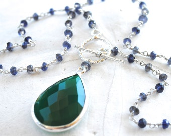 Iolite Chain Necklace with Emerald Green Onyx Pendant. Fine Jewelry. Gemstone Necklace.