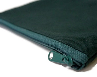 Clearance Sale - Women's Sturdy Lined Zipper Pouch Gadget Case Cosmetic Bag - Green Canvas