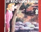 1961 Nancy Drew - le Secret de la ferme de la porte rouge - Vintage couverture cartonnée