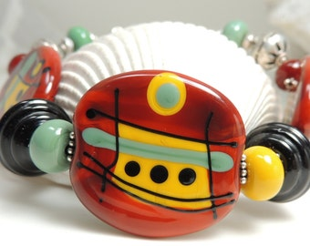 GRAPHICALLY SPEAKING Handmade Lampwork Bead Bracelet