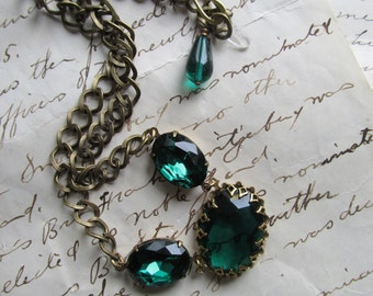 EN04 green Statement Necklace, emerald necklace, Jane Austen necklace, Downton Abbey necklace, Downton Abbey jewelry, Emerald necklace.