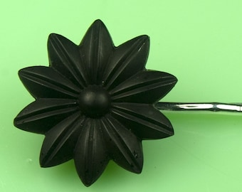 Vintage Victorian Oakbog Black Flower Hairpin