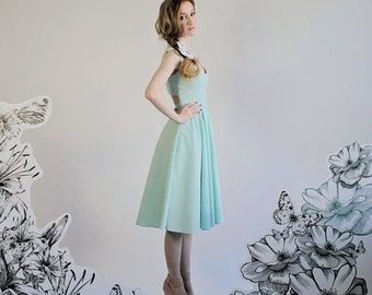 "Seersucker Cut Out Dress ""Jade"" with Princess Seams and Sweetheart Neckline"