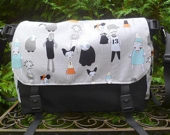 Zombie messenger bag, diaper bag, project bag, Zombie Apocalypse, The Zelda Deluxe