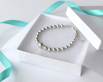 Grey Pearl Bracelet, Pearl and Crystal Bracelet, Simple Bracelet, Bridal Accessory, Gray Jewelry, Bridesmaid Jewelry, Wedding Party Gift