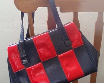 Vintage 1960s Mod Colorblock Nautical NAvy and Red Purse, Handbag