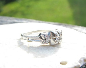 Platinum Diamond Engagement Ring, Fiery European Cut Diamond, Great Retro Design, Circa 1940s