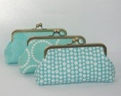 Bridesmaids Gifts, Personalized Bridesmaid Clutch, Bridal Party Gifts, Maid of Honor Gift, Wedding Party Gift- you choose the fabrics