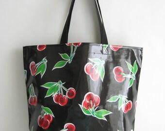 Medium Oilcloth Market Bag - Black Cherries