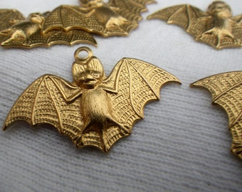 Bat Charms 26x18mm 6 Pcs