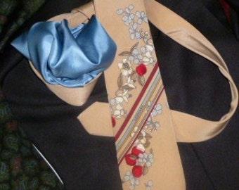 Pure Silk Leonard Paris Vintage Tie and Pure Silk Square Pocket
