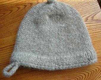 grey monmouth cap 57-59cm 100% shetland wool
