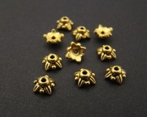 Tierracast small leaf beadcaps, round bead cap goldplated 5570, 5mm, 10 pcs