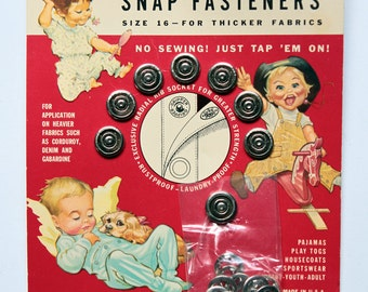 Supplies - Graphic Gripper snaps card from 1950 with fantastic graphics