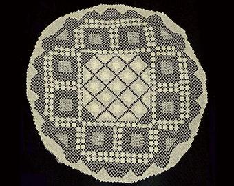 "vintage filet net lace doily 21"" in diameter ecru 1920s centerpiece round"
