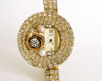 SALE Vintage Citizen ladies rhinestones watch Pearls