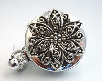 Silver Star Filigree Cabochon Badge Holder 02