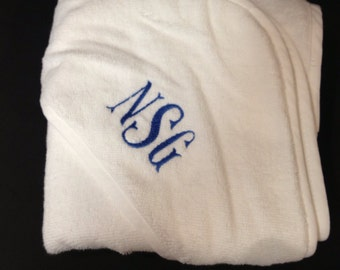 Monogrammed Personalized Hooded Baby Towel | Embroidered | Initials | Name | Monogram | Lucy's Pocket