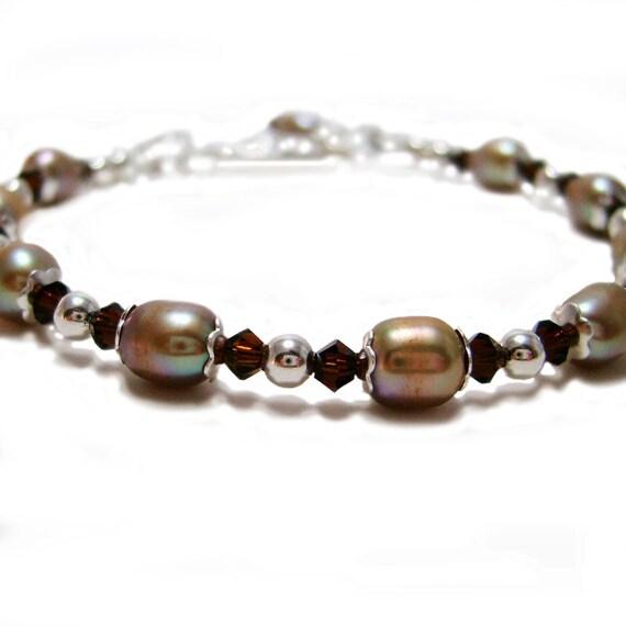 Woodland Gems - Swarovski Crystal and Dyed Cultured Pearl Beaded Bracelet