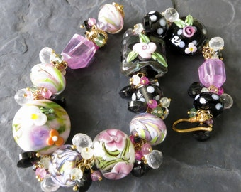 Boro glass bead bracelet - gemstone bracelet - green and pink topaz - lampwork roses - polka dot beads - black, white, pink - romantic style