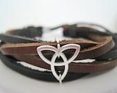 Leather Bracelet Women's Men Triquetra Irish Knot Black Leather Wrap Bracelet Cuff