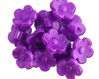 Vintage Purple Plastic Flower Buttons 16mm btn005F