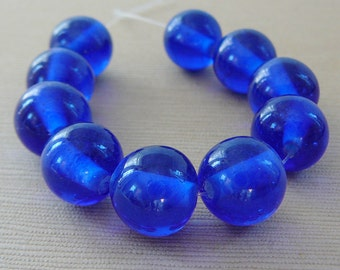 Vintage .. Beads Cobalt Blue 11.5mm Glass mini strand