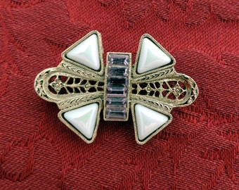 Vintage Gold Tone with Stones Brooch