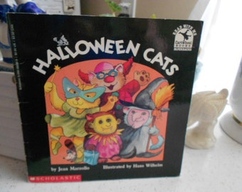 Vintage Halloween Cats by Jean Marzollo Childrens Illustreated Book 1992