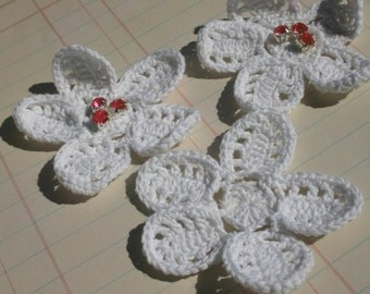 White Crochet Flowers - Sewing Embellishments - 12 Pieces