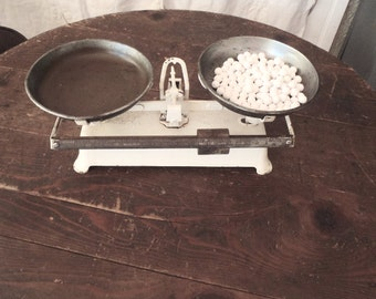 Vintage Industrial French Baker's Balance Scale