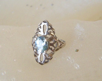 Romantic Vintage Sterling Silver Ring with blue stone