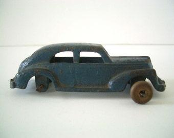 Vintage Hubley Cast Iron Blue Sedan