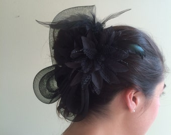 SINAMAY FASCINATOR ,  With Feathers and Pearl, Black   /   F - 47