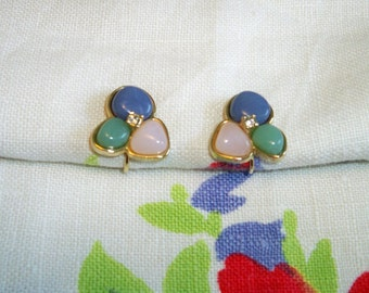SALE! Vintage Avon Pastel Trio Earrings Tricolor Clip On