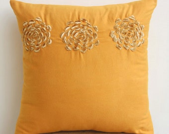 "Handmade Gold Pillow Covers, Origami Flower Floral Theme Pillows Cover Square  18""x18"" Faux Suede Pillow Covers - Gold Sawaan"