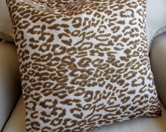 Cheetah pillows PAIR 20x20 include inserts