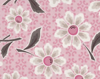 Riley Blake  Daisy Cottage Pink Daisy Fabric