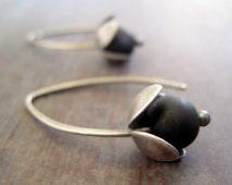 Silver flower earrings, sterling silver flower earrings, hand-cut silver earrings, black beads, lilac earrings.