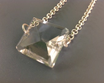 chandeleir crystal necklace