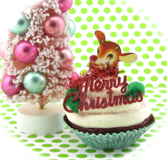"Fake Cupcake ""Vintage Christmas Card Collection"" Limited ""Rudolph"" Edition 12 Legs Original Holiday Decor Can Be Made Into Ornament"